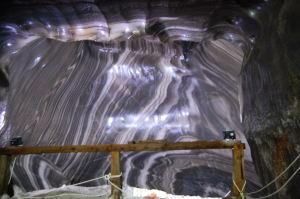 Mur de sel à la saline de Turda