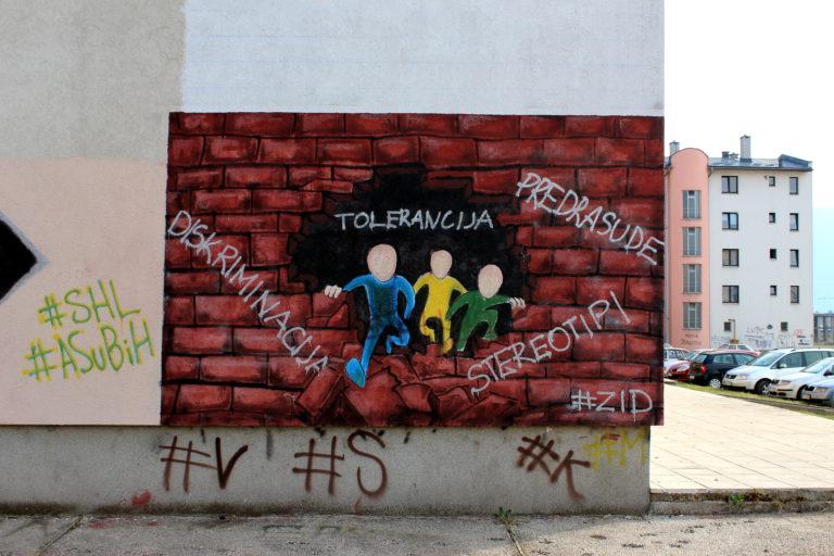Graffiti sur le mur de Lukavica - Istočno Novo Sarajevo, Bosnie-Herzégovine, 2017