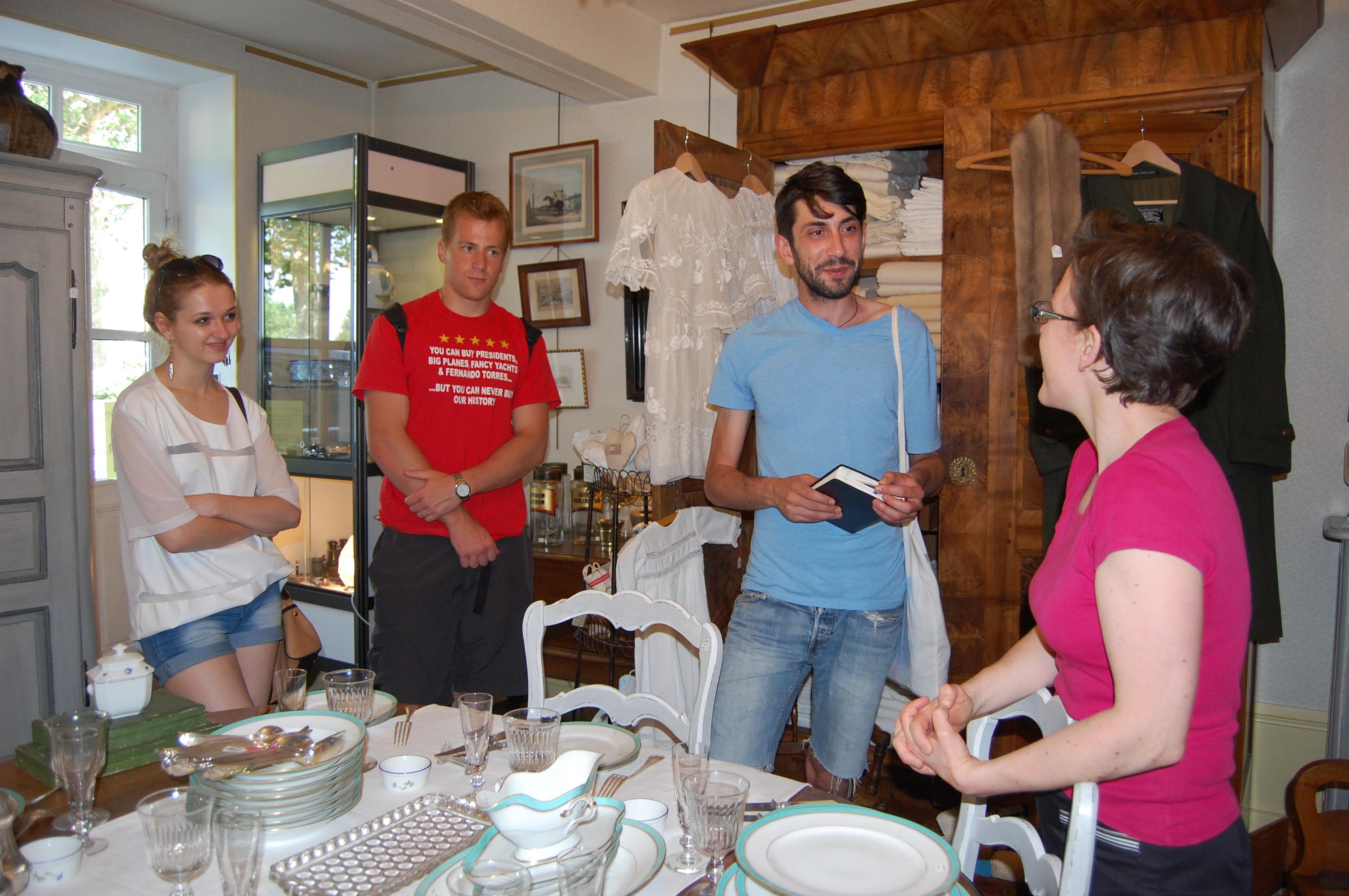 Speech with employer of an antics shop