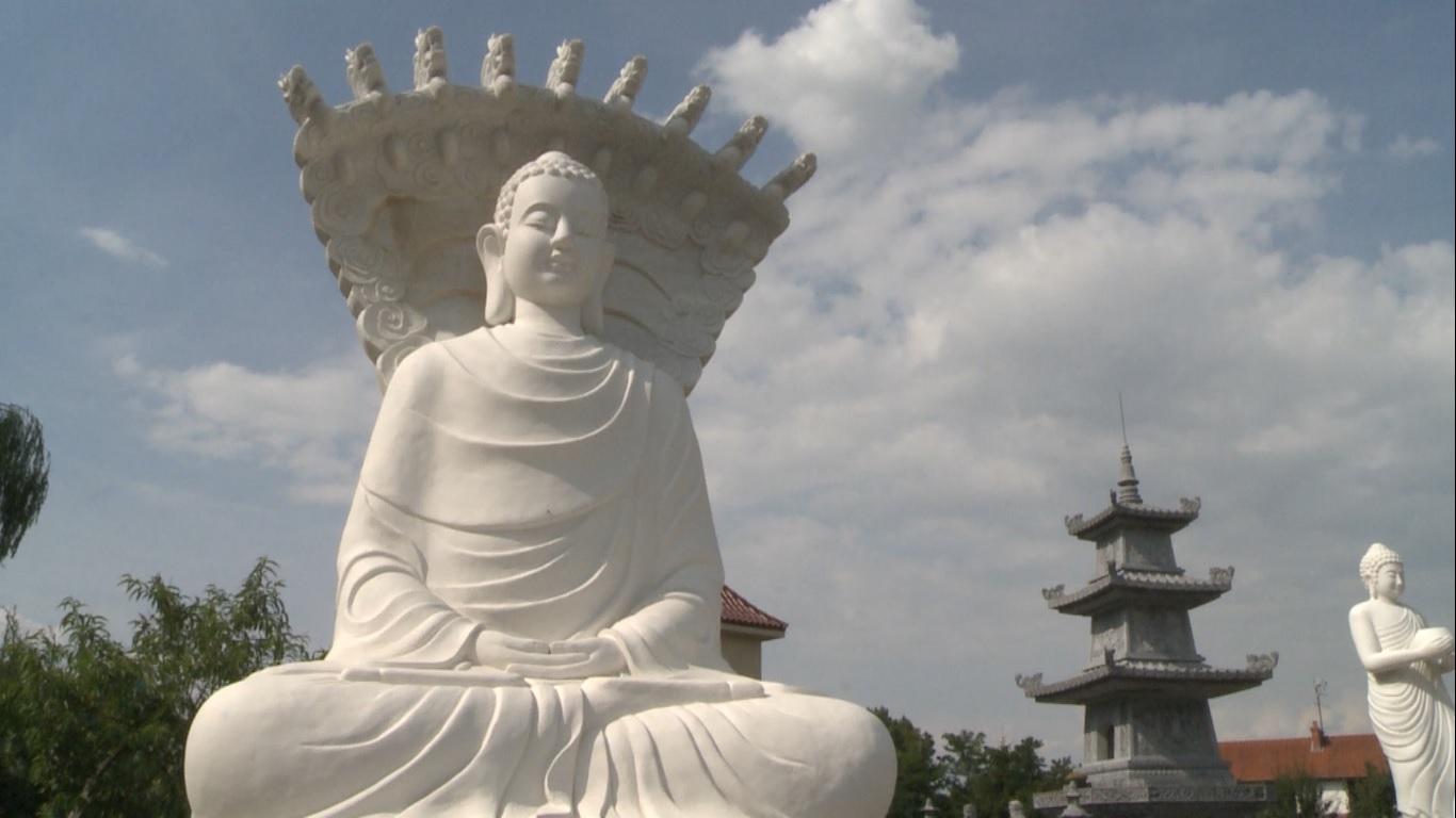 Bouddha Noyant
